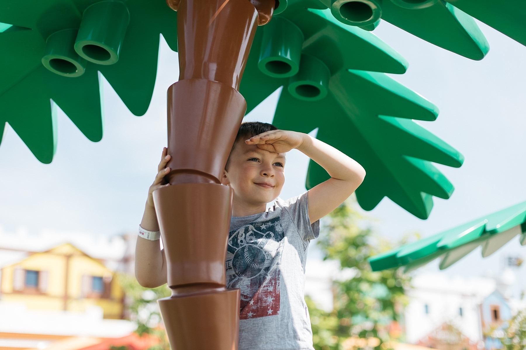 Legoland - 57 millions de briques Lego 70