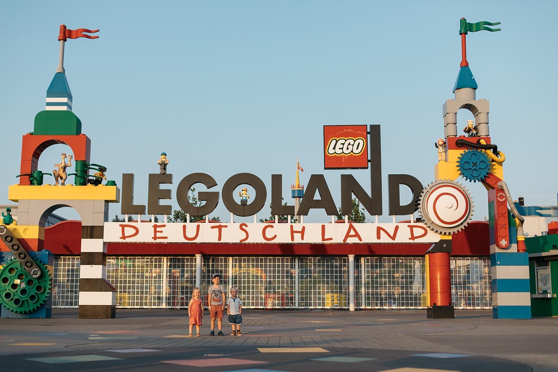 Legoland - 57 millions de briques Lego 77