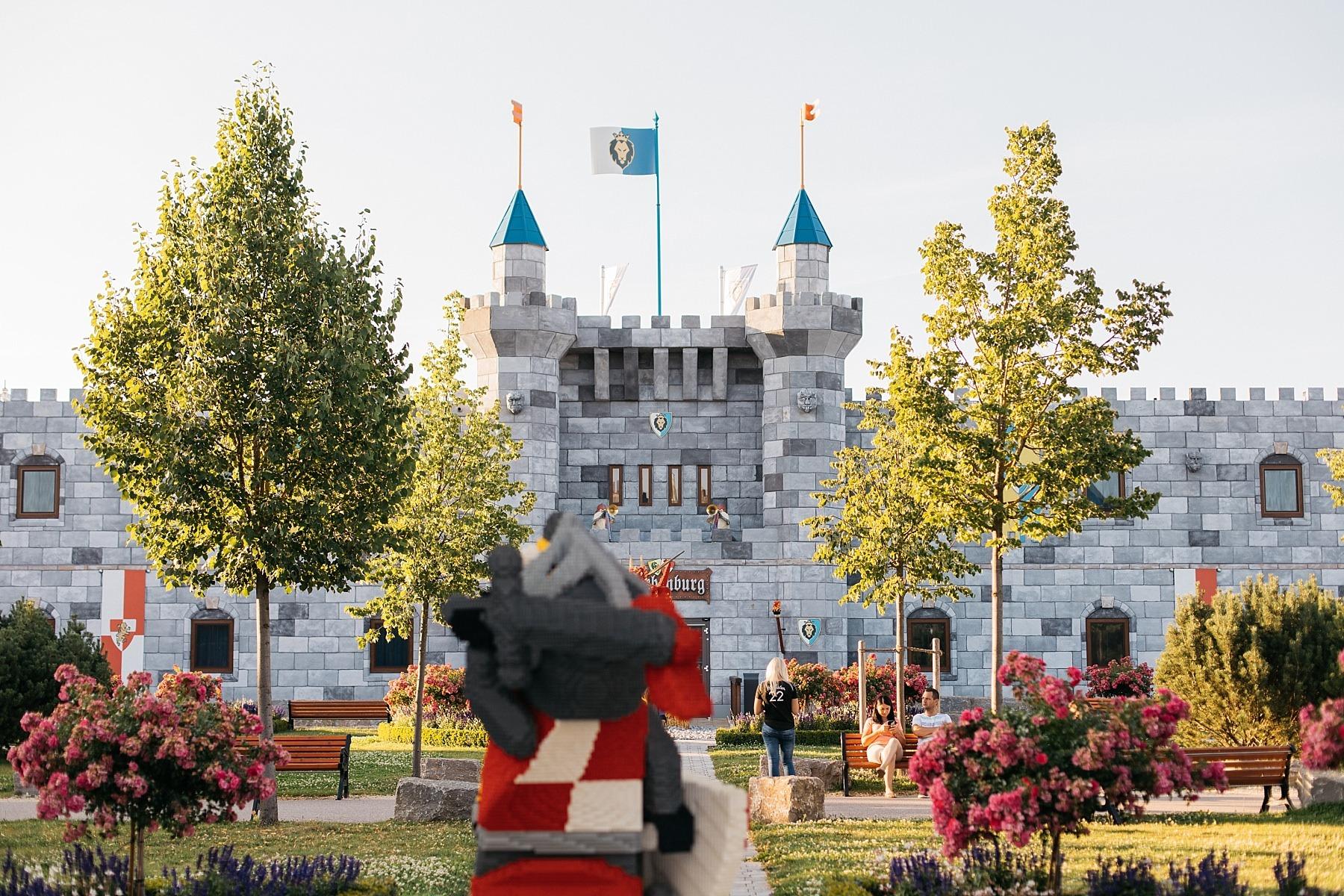 Legoland - 57 millions de briques Lego 64
