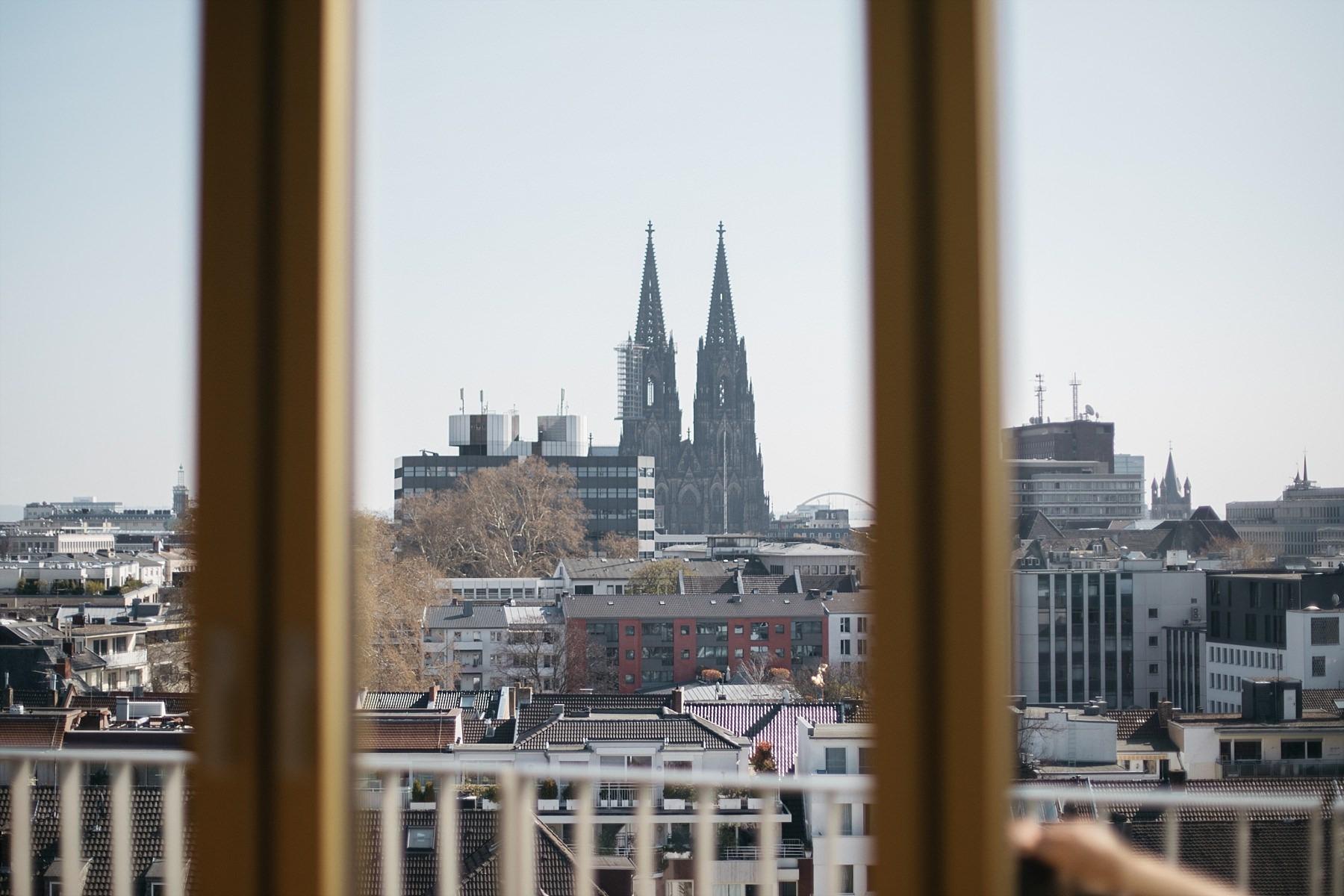 Cologne - vue sur cathédrale